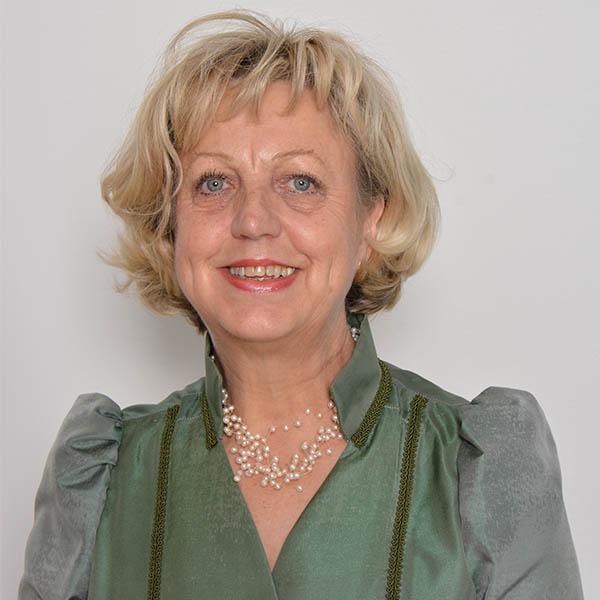 Anna Zarre