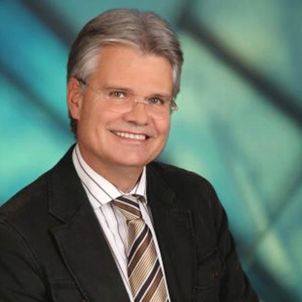 Mag. Stefan Deutschmann